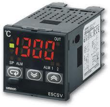 Bộ điều khiển nhiệt độ Omron E5CSV-Q2T AC100-240